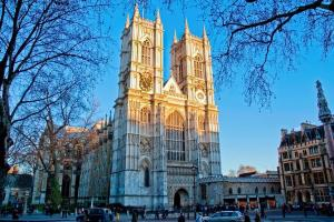 Westminster Walking Tour & Westminster Abbey Entry Sightseeing Packages